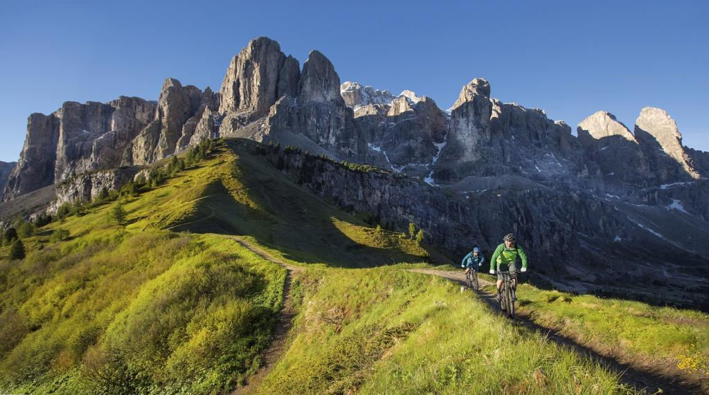 Massivo Sella - Attraversare le Dolomiti in mountain bike - Bike Park in Alto Adige